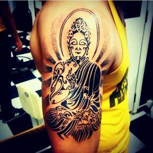#tribal #tribalart #budha #zen #zenbuddhism #model #brazilian #brazil #pontillism