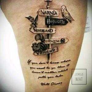 Book lovers unite!! #Narnia #hogwarts #neverland #Panem #wonderland #books #booklovers #crossroads