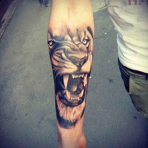 #lion #tattooartist #black_addicts  #tattoomagazine  #tattoos_alday  #artistica  #art_collective  #klan19tattoo #milanotattoo  #MI