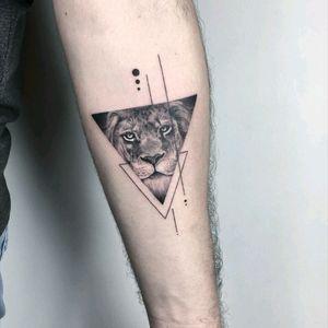By #evakrbdk #lion #blackwork #geometric #liontattoo  #welove