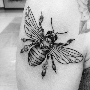 #bee #beetattoo