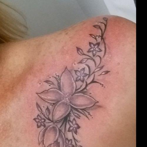 #collarbone #flowers