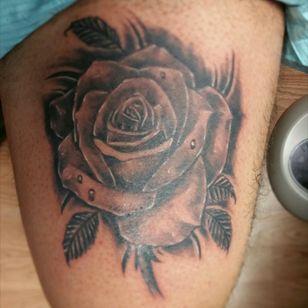 Rose i had fun tattooing on myself! Thanks for looking! #JOEYV #INKfested #INKfestedtattoostudio #blackandgreytatoo #rosetattoo #fusioninks #stencilstuff #armorgel