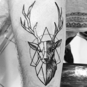 #deer #geometric #geometricdeer #deertattoo #geometrictattoo