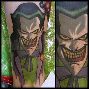 Joker #inkfusion #inkfusionempire #geektattoo #geekedouttattoos #geeksterink #geekytattoos #comicbooktattoo #nerdytattoos #nerdtattoo #nerd #traditionaltattoo #realtattoos #realtraditional #tattoos #dccomicstattoo #dccomics #batman #batmantattoo #joker #jokertattoo