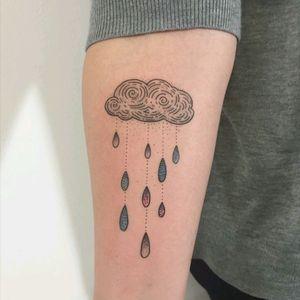 By #MariyaSummer #cloud #rain #simple