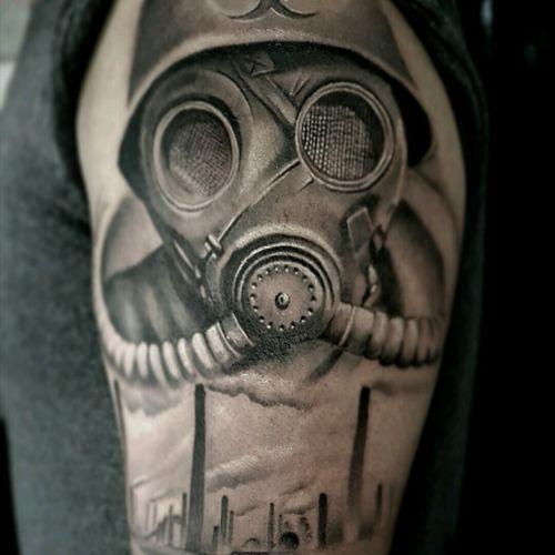#gasmask #postapocalyptic #nuclear #industry #tattoos #besttattoos #yarotattoo