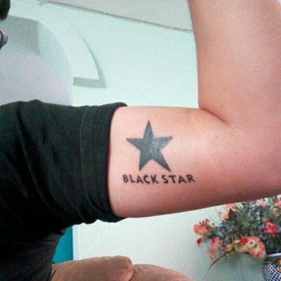 I'm a blackstar This Is my first tattoo #firstattoo #blackstar #blackworktattoo #rock #star #davidbowie