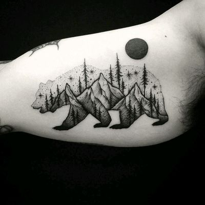 By #ThomasEckeard #mountains #forest #trees #bear #doubleexposure #dotwork