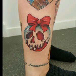 #tattoo #appletattoo #tattoos #disney #disneytattoo #disneyink #snowwhite #SnowWhitetattoo #poisonapple #poisonappletattoo #bow #bowtattoo