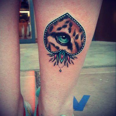 By Nastia Zlotin #NastiaZlotin #leopard #jaguar #eye #neotraditional #tattooconvention #inknride