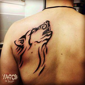 "14/01/17 - My first tatoo by Yago the bear Wolf Spirit Tribal tatoo on the left upper back  The beginning of ""the blackboard"" #wolf  #spirit #wolfspirit #animal #beast #back #backpiece #blackink #blackinktattoo  #tribal #tribaltattoo #tatoo #loup #yagothebear"