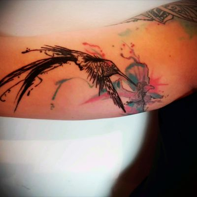 #hummingbirdtattoo #watercolor #hummingbird