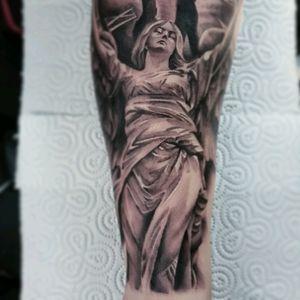 #angel #statue #woman #yarotattoo