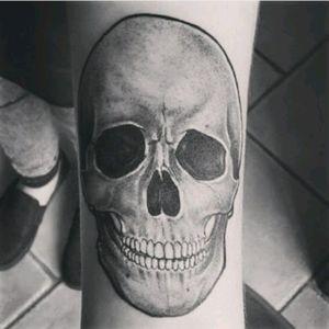 #tattoo #skull #black #grey #rock'n'roll #tattoolifestyle #favoritetattoo