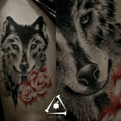 Wolf by @RafXimenes7 #wolf #lobo #dotwork #pontilhismo #tatuadoresdobrasil #RafXimenes #amazing