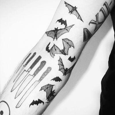 Bats! #tattoo #bat #battattoo #new #linework #blackwork #blacktattoo #blackinkonly #blxckink #noynedemek #undiscovered #istanbul
