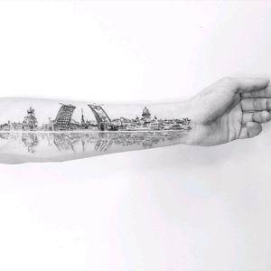 By #VitalyKazantsev #saintpetersburg #cityscape #reflection
