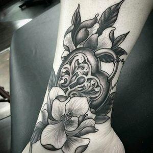 Great job on a very sensitive part. #tattoos #tattooed #tattoo #tattooaftercare #tattooartist #tat #inked #bodyart #tats #inkedgirl #inkedbabes #girlswithtattoos