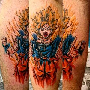 Super Saiyan Goku watercolour tattoo #goku #dbz #dragonballz #dragonballztattoo #dragonballtattoo #songoku #kakarot #supersaiyan #saiyan #ssj #watercolour #leg #vibrant #brightcolours #newtattoo #tattoo