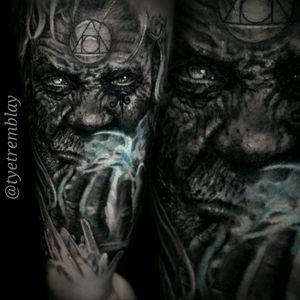 #wizard #alchemy #darkart #blackandgrey #realism