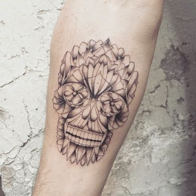 By #favry #skull #mexican #diadelosmuertos #graphictattoo #skulltattoo #fineline