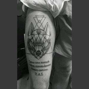 Right leg wolf tattoo 🐺 Como una manada de lobos, comanderemo nuestro camino... M.A.S #wolf #minimal #triangle #right #leg