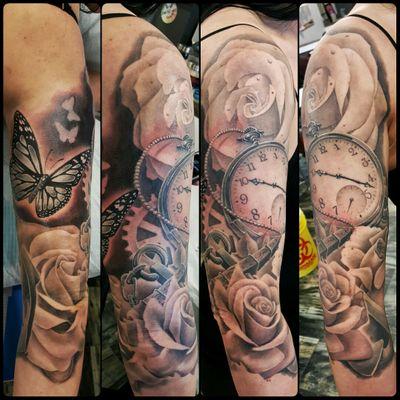 Roses butterfly clock #pocketwatch #pocketwatchtattoo #rose #roses #rosetattoo #rosetattoos #butterfly #butterflytattoo #anchor #gears