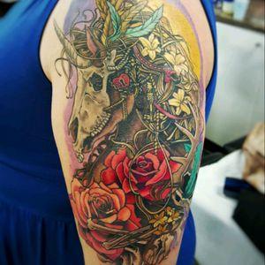 Unicorn all done. Based on art by Christopher Lovell #unicorn #unicorntattoo #fantasy #rose #rosetattoo