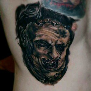 Leather face -texas chainsaw masacre