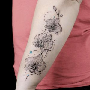 By #emrahOzhan #orchid #dotwork #geometric #orchidtattoo #flower