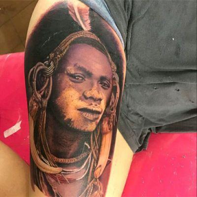 Tattoo by brazilian artist Marcio Gatti #realismo #realism #indigena #indian #MarcioGatti #tatuadoresdobrasil