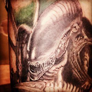 Alien autotattoo. #alien #movie #scifi #electricink #starbrite #eternal #zuperblack #intenze #argentina #welkerneedles