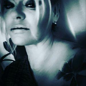 #me #tattooedwoman #tattooedgirl #tattoo #tattooedwoman #followme #follower ##followforfollow #follow #blackgrey