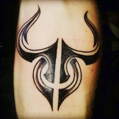 #Taurus #zodiac #Star #chrisbergmanntattoartist