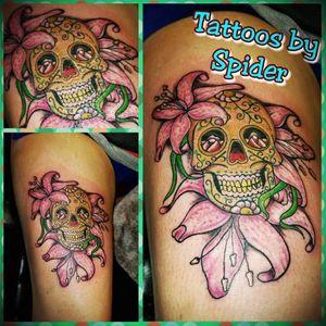 Tattoos by Spider  Spidersinktattoos@facebook  #TattoosbySpider #spidersink #spider #tattoo #skull #flowers #skullandflowers