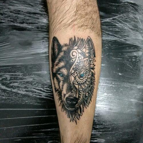 #wolf #realism #blackandgraytattoo
