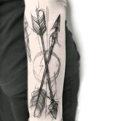 By #FrankCarrilho #arrow #sketchtattoos #blackwork #arrowtattoo