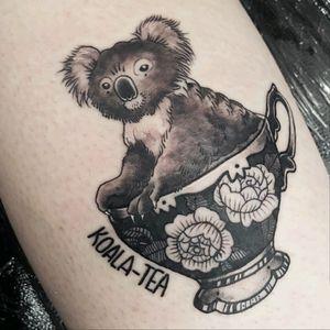 Quality #puntattoo #koala #tea by #amzkelso of #berserktattoos #heidelberg ! #australia #Australiantattoo #teatattoo #teacup #