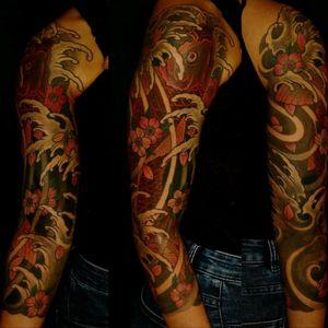 Koi Fish Tattoo #japanese #japanesetattoo #irezumi #irezumitattoo #koifish #koifishtattoo #sleevetattoo #armsleeve #colourtattoo #colorwork #sakuras #switzerland #ethnotattoo #inkedgirl #tattoedgirl