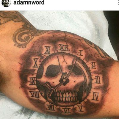 Reaper clock #clock #clocktattoo #skull #skulltattoo #grimreaper #reaper #reapertattoo