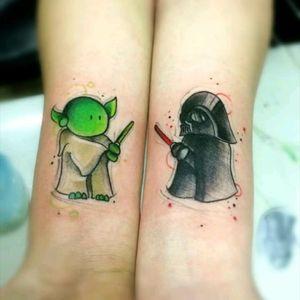 Amazing mini star wars tattoo by Marco Medeiros #starwars #nerd #filmes #movies #jedi #yoda #darthvader #mini #sabredeluz #lightsaber #comics #colorida #colorful #tatuadoresdobrasil #MarcoMedeiros #capacete #helmet #geek #miniatura  #disney