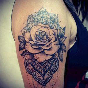 #tattoo #rosetattoo #blackandgreytattoo #rosetattoo  #dotworktattoo #dotwork #realistic #mandala #woman