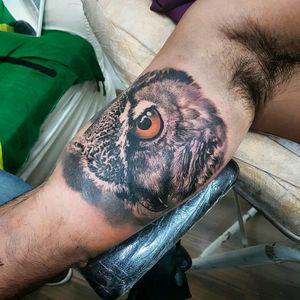 Amazing realistic owl by @Dallier  #owl #coruja #realismo #realism #pretoecinza #blackandgrey #tatuadoresdobrasil #AlexandreDallier