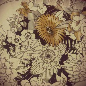 #skitze #flower #floral #fineline #schwarz #stift #blumen #follower #follow #followforfollow #artist #tattoovorlage #solingen #skitze #dreamtattoo #tattoo #tattoos #frau #tattooedwoman #tattooedgirl #mone1971
