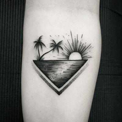 By #ThomasEckeard #palmtree #ocean #sunset #paradise #blackwork #dotwork
