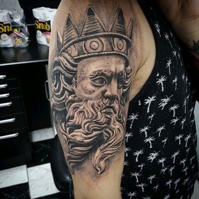 Tattoo feita por @paulocardosoart Fone:(11)94035-0382 #tattoo #tattoos #tattooed #tatt #tatuagem #realism #realist #realistictattoo #poseidon #poseidontattoo #blackandgrey #pretoecinza #southtattoo #paulocardosoart #tattooed #tattoorealism
