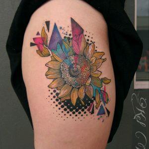 #sunflower #melbourneink #sunflowertattoo #flowertattoo #ladytattooer #supportgoodtattooers #watercolourtattoo #acuarela #tattoosnob #tattrx @where_they_tatt #spaintattoo @skinart_mag @toptattooartist #tattooersubmission #berlintattoo #valenciatattoo . #inkedgirls #melbournetattooer #keltait