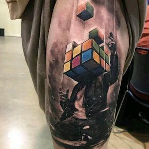 Kyle Cotterman #tattoodo #TattoodoApp #tattoodoBR #rubikscube #cubomagico #colorida #colorful #nerd #geek #KyleCotterman