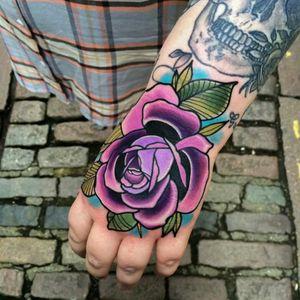 Matt Webb #tattoodo #TattoodoApp #tattoodoBR #rosa #rose #tradicional #traditional #oldschool #colorida #colorful #MattWebb